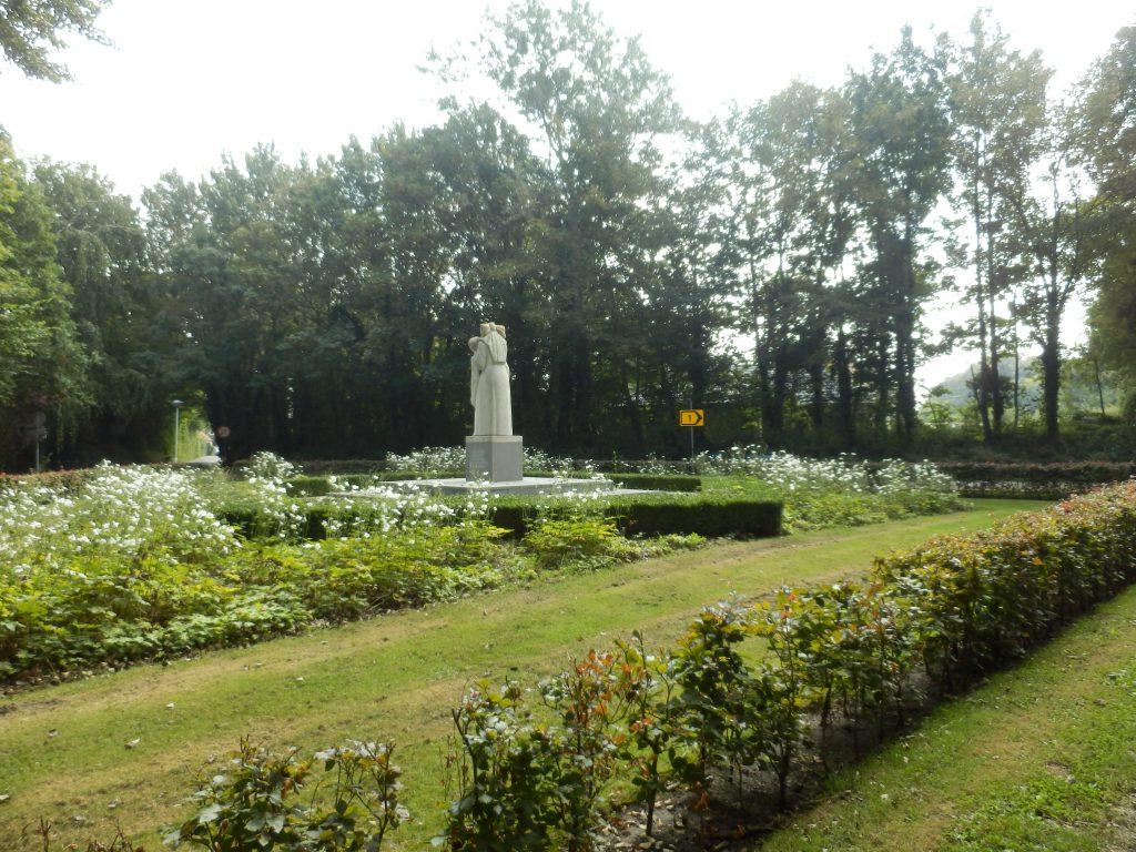 Monument voor de gevallenen aan de Oude Moolweg